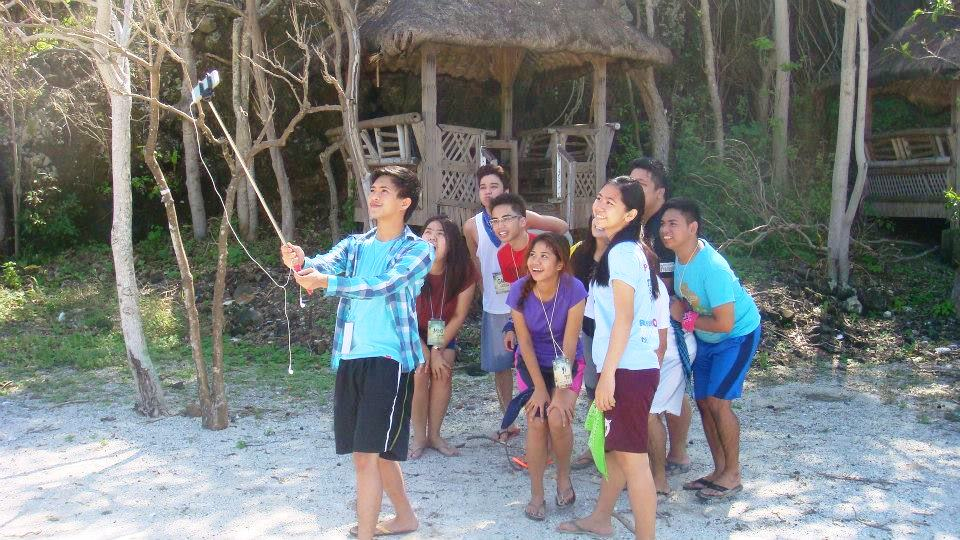 eagle_point_anilao_batangas_beach_resort_resorts_philippines_games_activities_venue_venues_company_outing_team_building_university_of_perpetual_help_las_pinas