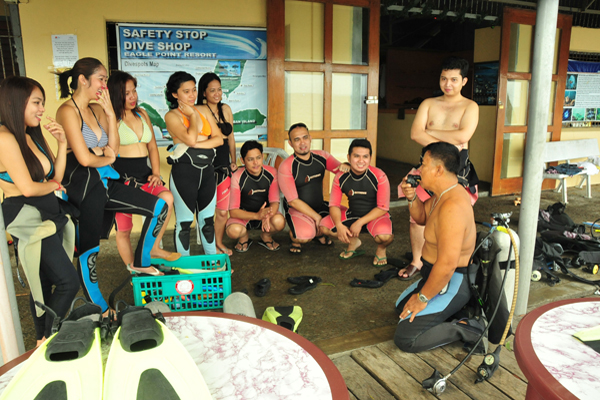 Eagle_Point_Resort_Anilao_Dive_Resort_01