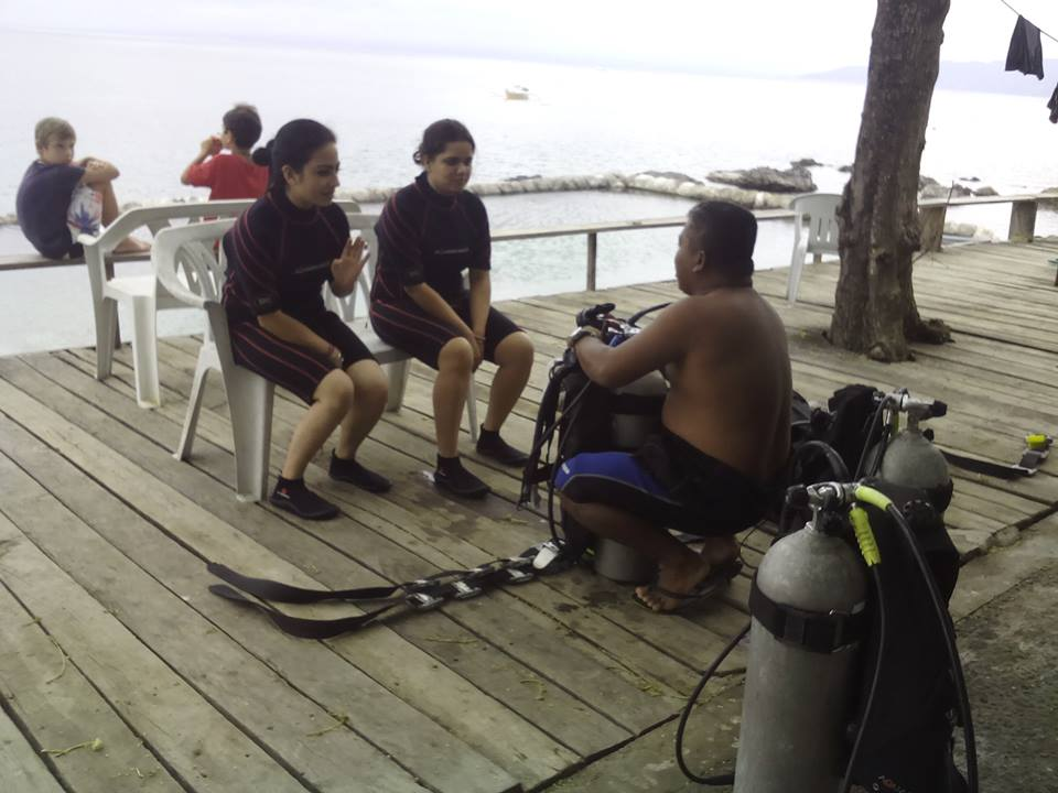 Scuba Diving in Anilao