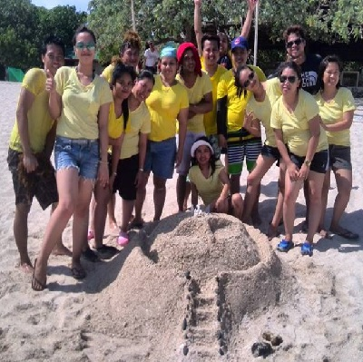 batangas_beach_team_building