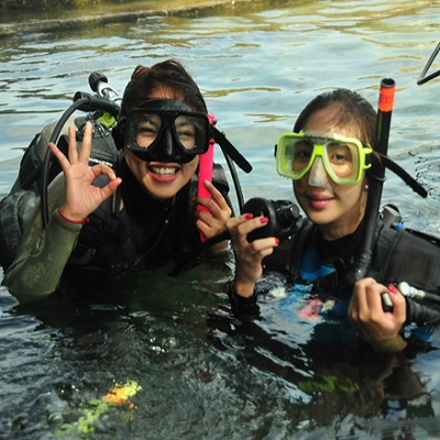 Scuba Diving in Eagle Point Beach Resort in Anilao Batangas Series 1