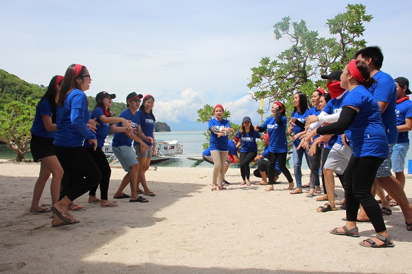 montpac_hooray_at_beach_in_batangas_eagle_point_resort_12
