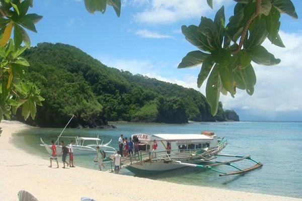 Dive_Resort_Anilao_daytour_beach_in_batangas_02
