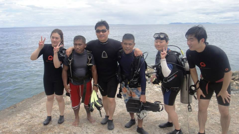 Eagle Point Resort Anilao Scuba Diving 03