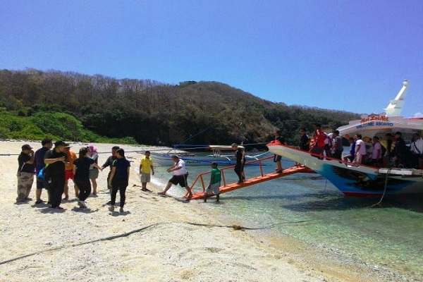 eagle_point_resort_batangas_beaches_04