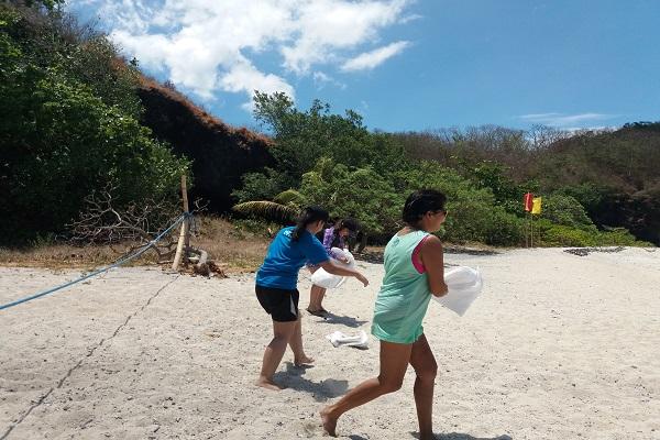 batangas_beach_eagle_point_resort_covalent_2017_08