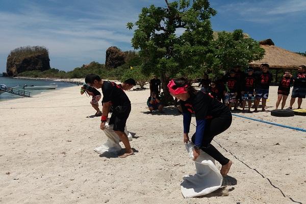 eagle_point_resort_beach_in_batangas_bk_philippines_inc_12