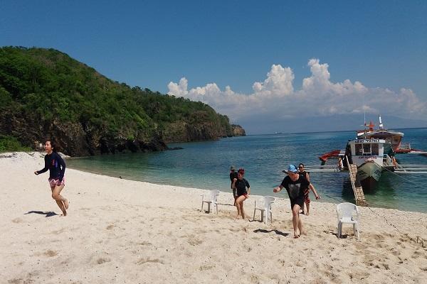 kittlesonandcarpo_consulting_beach_in_batangas_10