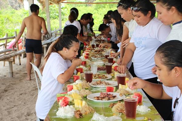 maersk_filipinas_crewing_inc_beach_in_batangas_2017_16