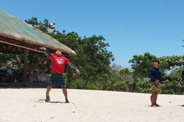 people_4u_in_eaglepoint_batangas_beach_resort_anilao_03